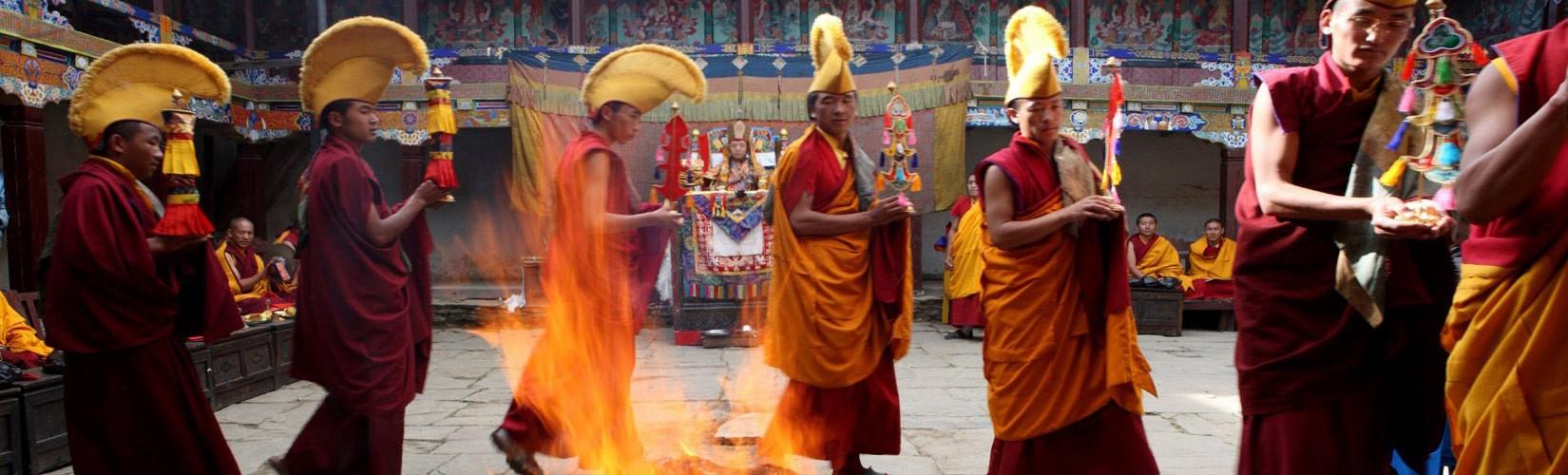Mani Rimdu Festival celebration in Tengbouche monastery