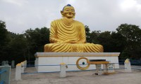 Buddha Statue on the way to kali Temple
